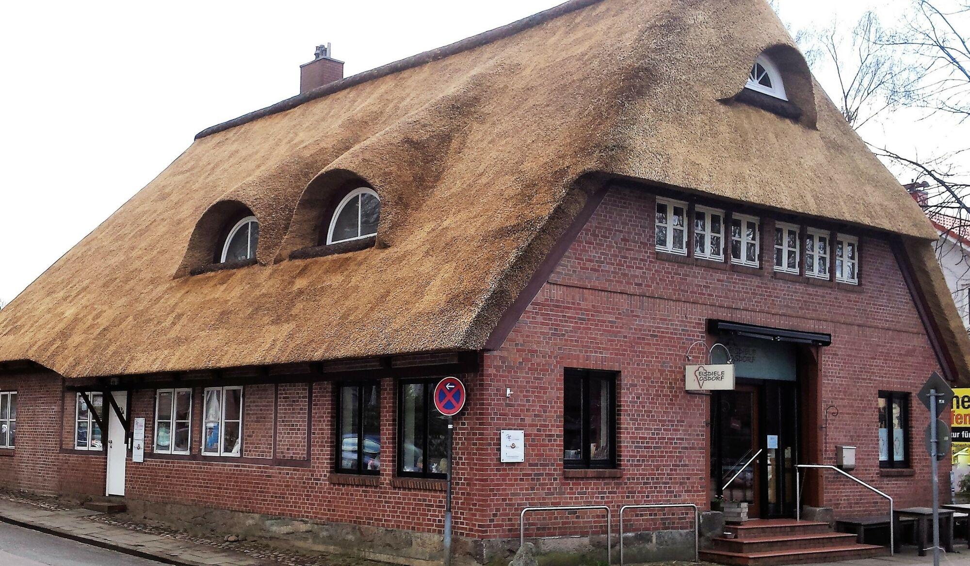 Reetdachdeckerei-Ehmann-Wedel-Hamburg-Reetdach-06